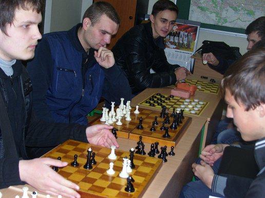 Чемпионат Академии по шашкам и шахматам завершен