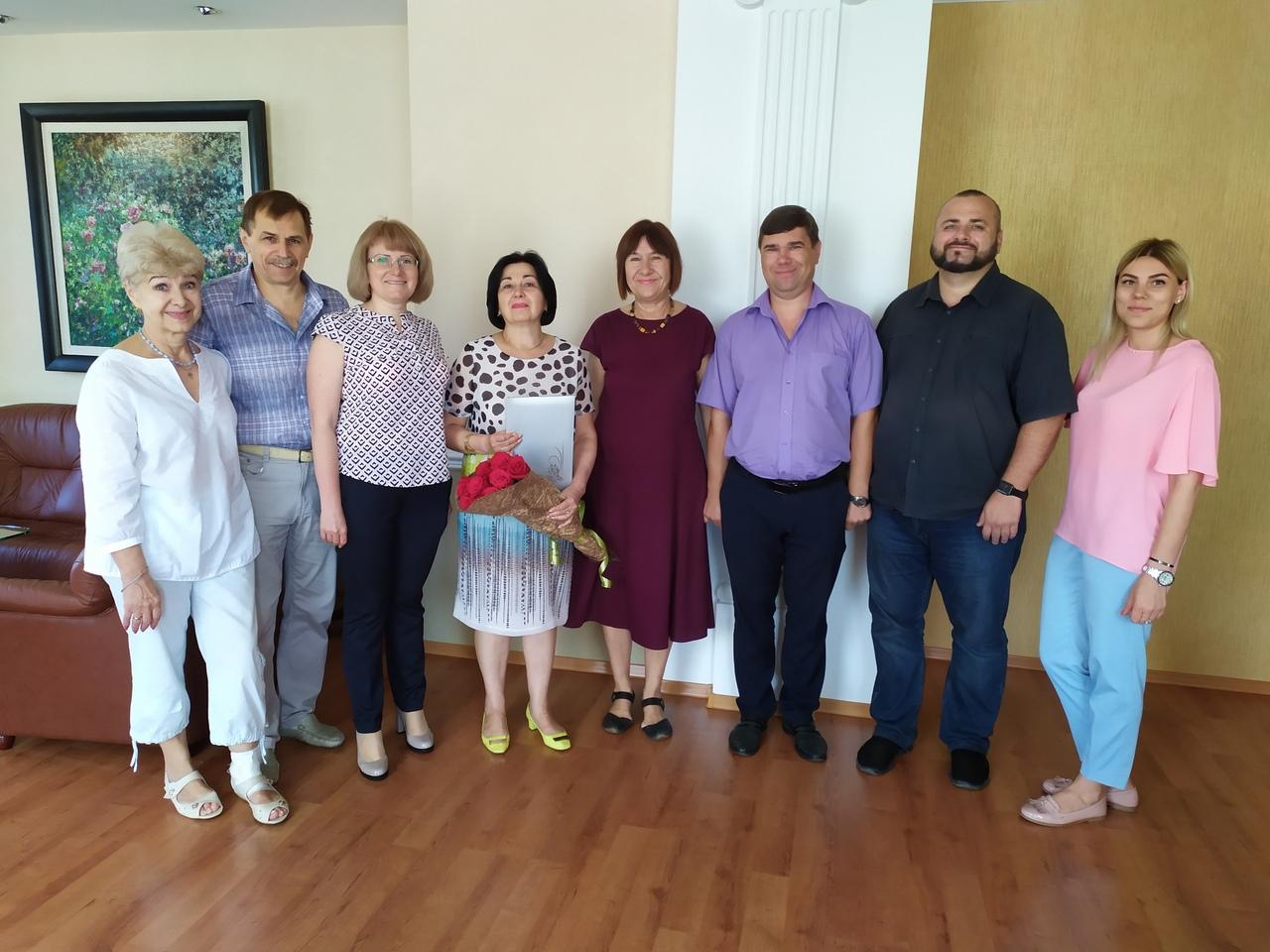 Сегодня, 28 августа 2019 года, День рождения отмечает Ирина Павловна Энглези