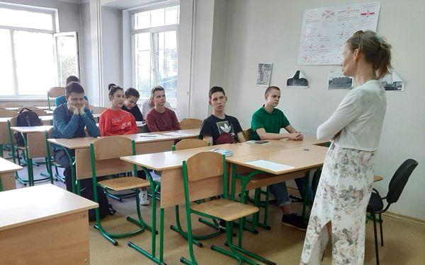 Психолог из Российской Федерации Виктория Анисимова посетила Донецкую академию транспорта
