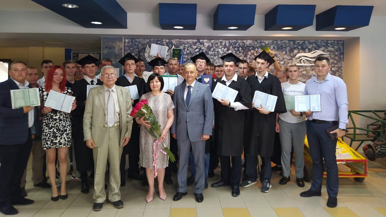 Вручение дипломов выпускникам ДАТ 9.07.2021